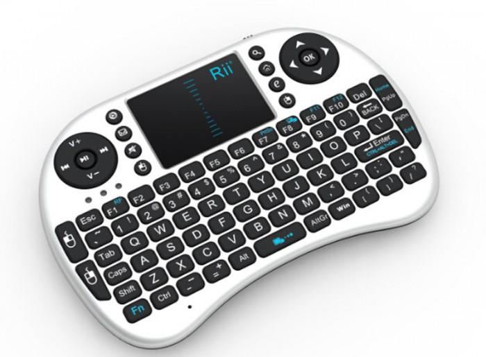 Mini tastatura bluetooth Rii i8 cu touchpad compatibila Smart TV si Playstation