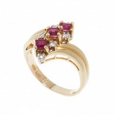 Inel aur galben 14K, rubine si diamante, circumferinta 52 mm