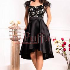 Rochie de seara neagra Fofy cu pene si flori 3D