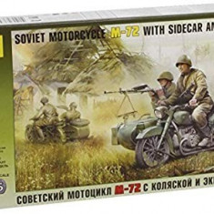+  Zvezda 3639 1/35 - M-72 Soviet Motorcycle with Sidecar +