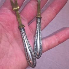 Doua furculite cu manere de argint 800 Germania