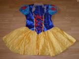 Costum carnaval serbare alba ca zapada pentru adulti marime XL, Din imagine