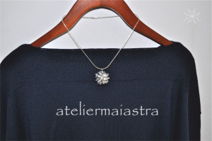 colier papadie, colier flori, pandantiv floral, bijuterii femei, cadou handmade