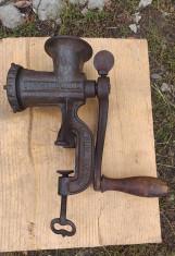 Masina veche tocat carne standard werk 1920 foto