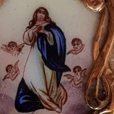 Medalion  vechi sec XIX Aur si portelan pictat - Iisus Hristos - icoana