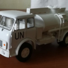 Macheta MAZ AC-8-5334 1985 UN - camion cisterna Nash Avtoprom 1/43