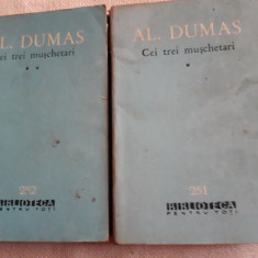 Al. Dumas - Cei trei muschetari  vol. 1,2