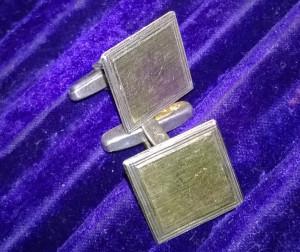 argint 925 ! cu aur galben ! butoni eleganti model antic !
