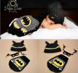 Costum crosetat bebelusi model  Batman/Spiderman  botez sedinte foto nou
