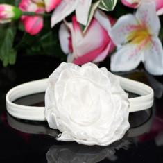 Bentita alba cu trandafir din organza