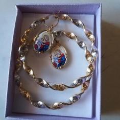 Cercei aur cu medalion fecioara cu pruncul unicat, 14k
