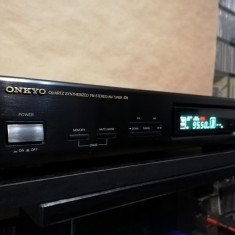 ONKYO - Quartz Synthesized FM Stereo / AM Tuner T-4830 - Impecabil/Japan, Digital
