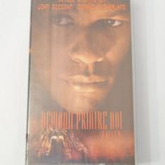 Caseta video VHS originala film tradus Ro - Demonii printre Noi