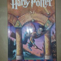 Harry Potter si piatra filozofalaan 2004/224pagini- J.K.Rowling