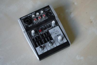 Behringer Mixer audio Xenyx 302USB foto