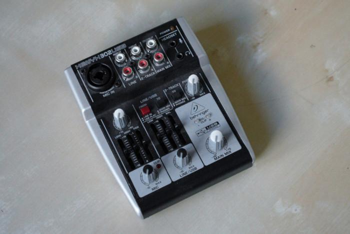 Behringer Mixer audio Xenyx 302USB