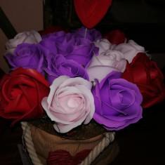 Trandafiri de sapun - Aranjament Trandafiri in Sac (mare)  - OKAZIE