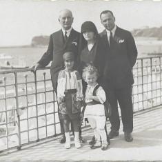 Port popular romanesc copii fotografie interbelica veche