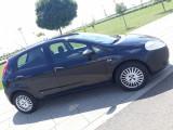 Vind Fiat grande punto 2007,1,2 benzina,98000 km.Pret 2300 euro negociabil.