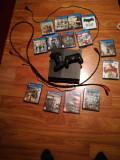 Vand PS4 stare f buna, 1TB cu 2 controllere si 14 jocuri si cablu HDMI