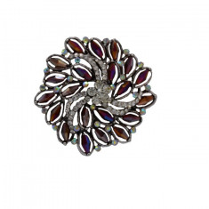 Brosa chic, rotunda, cu margele colorate sau strasuri cristaline
