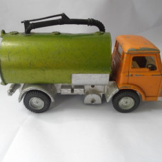 bnk jc Dinky 449 Johnston Road Sweeper