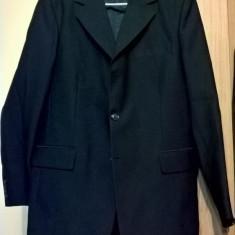 Costum 4 piese negru aproape nou