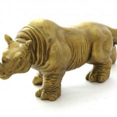 Rinocer din bronz