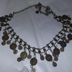 Curea dama vintage,lant si monede tip salba tiganeasca pentru sold ,Tp.GRATUIT