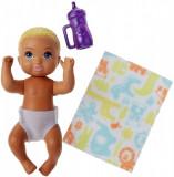 Papusa bebelus Barbie Babysitter Blond