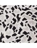 Batic dama matase naturala Pami, 90x90 cm, alb/negru