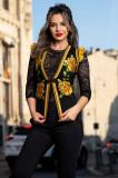 Vesta Venezia traditionala cu broderie florala mustar si volanase la umeri