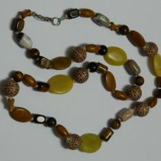 Gablonturi / margele vintage diverse pietre si ochi-de-tigru