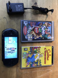 Consola sony psp-e1004 +2 jocuri + incarcator + card sony