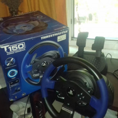 Volan Gameing T150 Thrustmaster din Germania Nou
