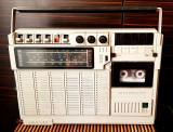 RADIO CASETOFON RC 520 TEHNOTON . FUNCTIONEAZA . RARITATE IN STAREA ACEASTA  .