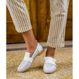 Cumpara ieftin Perforated Loafers Alb 40
