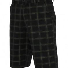Pantalon scurt in carouri Urban Classics 30 EU