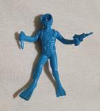 Jucarie din plastic - Figurina SCAFANDRU - Cutit si Pistol