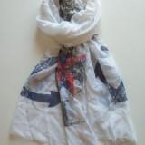 Esarfa alba Collection cu ancore-negre mari