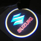 Cumpara ieftin Proiectoare Portiere cu Logo Suzuki