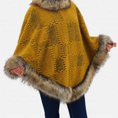 Poncho din lana cu blana 3