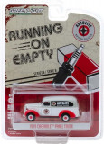 Cumpara ieftin Macheta Greenlight, Running on Empty Series 8 - 1939 Chevrolet Panel Truck - Autolite Spark Plugs Solid Pack 1:64