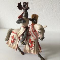 Figurina cavaler Schleich World of Knights calaret, cal Tournament Knight Dragon