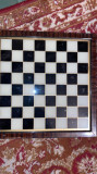 Tabla de șah handmade din sticla și cu rama de lemn semnată J.B.N,anii 40