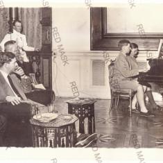 907 - King CAROL II & Prince MIHAI, Romania - old Press PHOTO ( 22/17cm ) - 1934