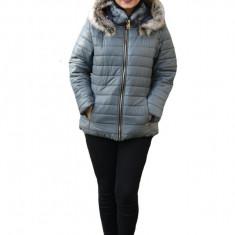 Jacheta calduroasa de toamna-iarna ,guler fronsat si gluga detasabila,nuanta de gri