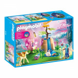 Set figurine Playmobil Fairies - Fantana fermecata a zanelor (9135)