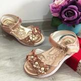 Cumpara ieftin Sandale roz metalic elegante cu floricele pt fetite 25 26 27 29, Fete