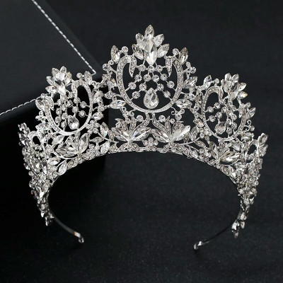Diadema/tiara/coronita inalta foto